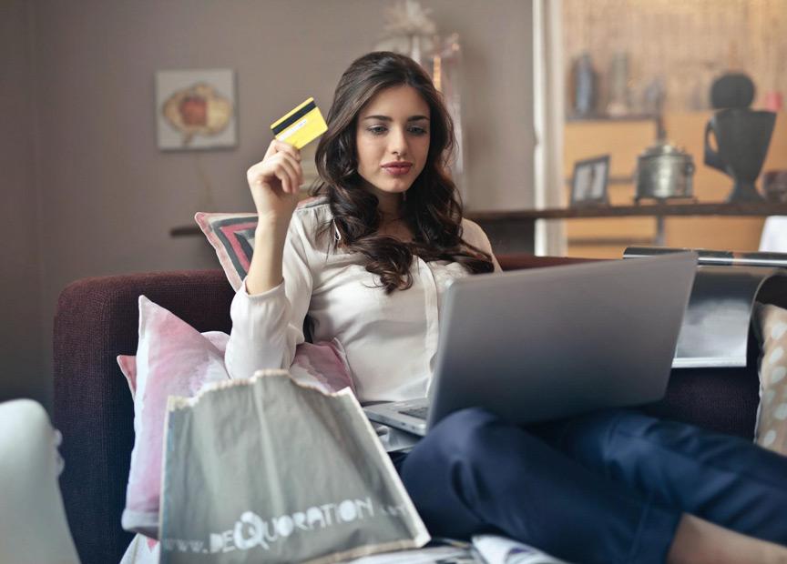 Social Commerce - Redefining online shopping